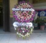 Karangan Bunga Standing 007