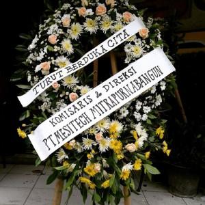 Bunga Standing Turut berduka cita Komisaris dan Direksi PT Mesitech Mitra Purna Bangun